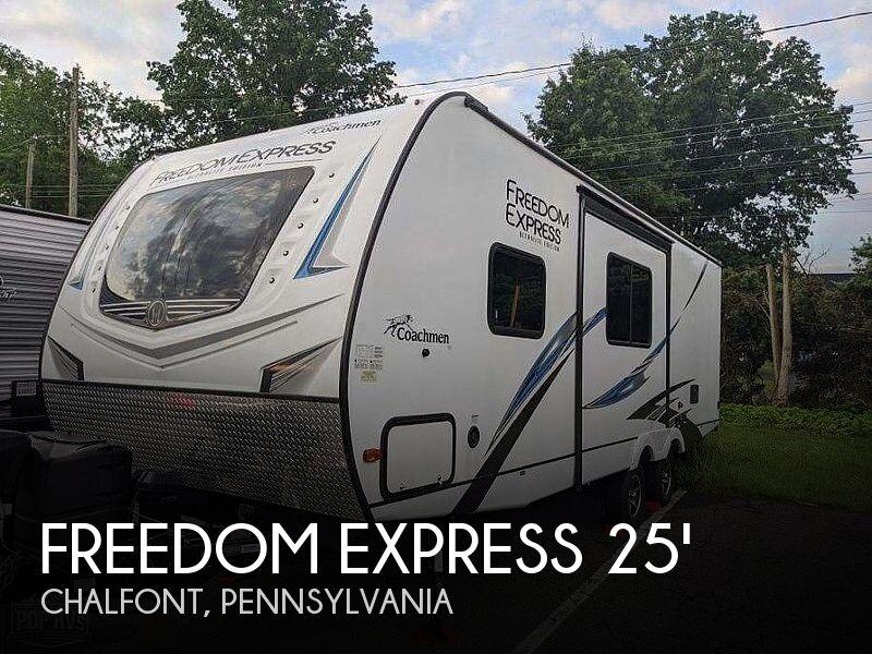 2020 Coachmen Freedom Express 257BHS