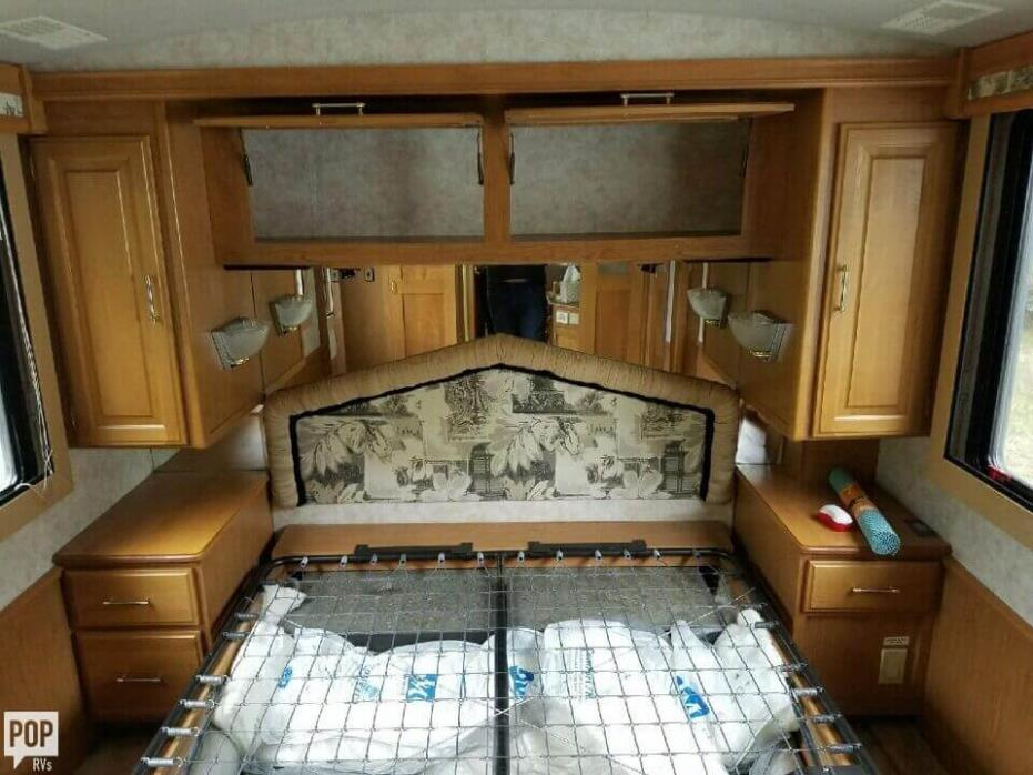 1997 Fleetwood Discovery 36A, 20