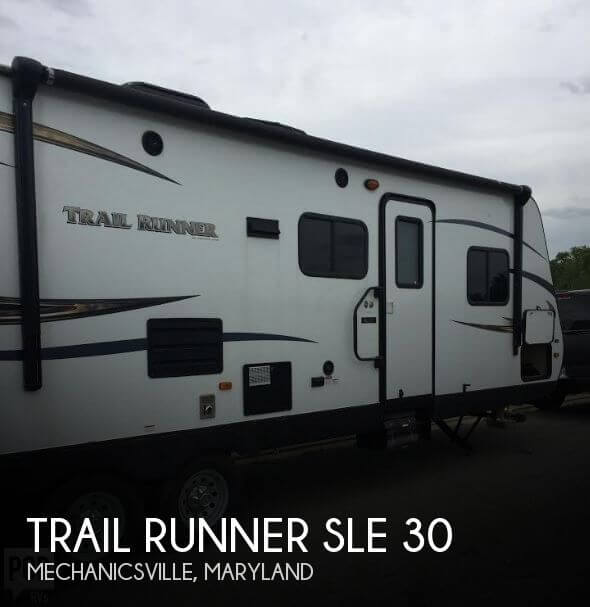 2015 Heartland Trail Runner SLE 30