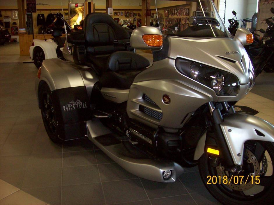 2016 Motor Trike GL1800/RAZOR