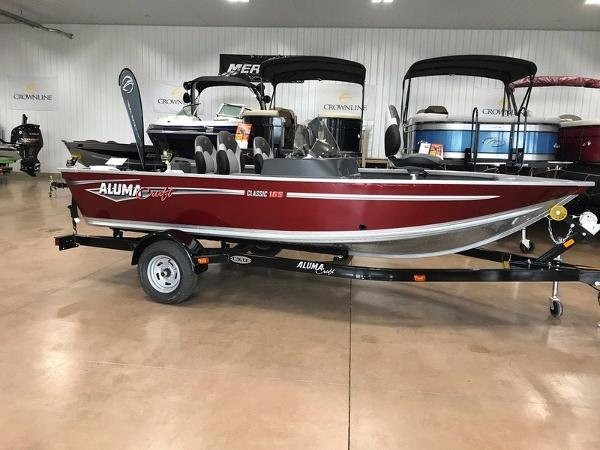 2017 TRACKER BOATS GRIZZLY 1548 SPORTSMAN WITH 25 ELH AND TRAILER