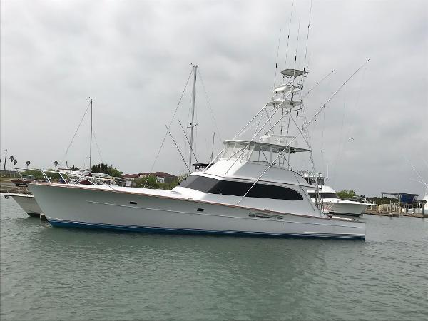 2019 Viking 58 Convertible
