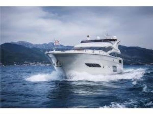 1990 Viking 72 Motor Yacht