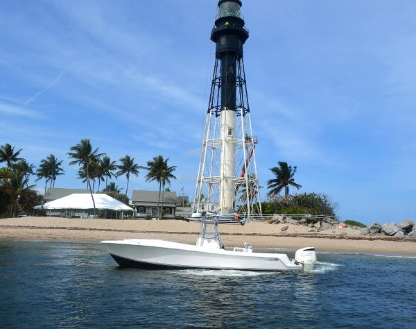 2009 Pursuit 315 Offshore