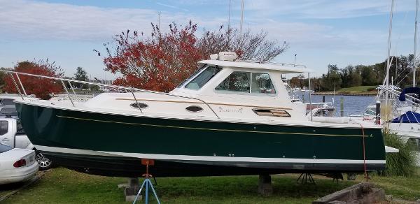 1989 Cruisers Yachts Vee Sport 2660