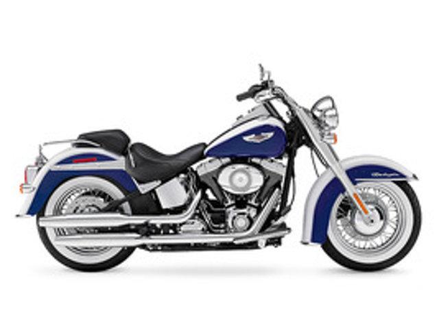 2010 Harley-Davidson SOFTAIL DELUXE FLSTN
