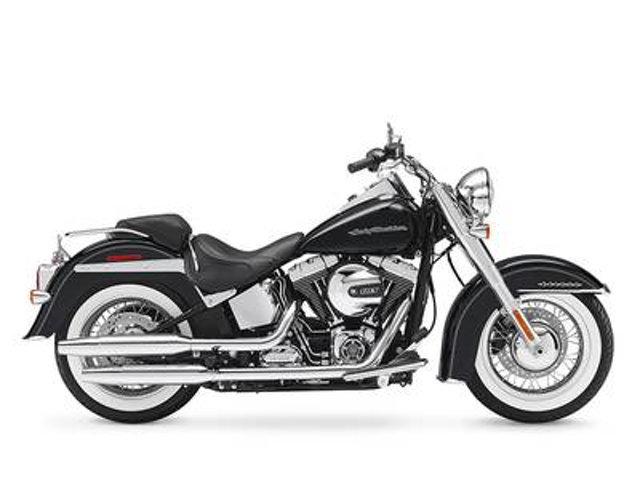 2017 Harley-Davidson SOFTAIL DELUXE FLSTN