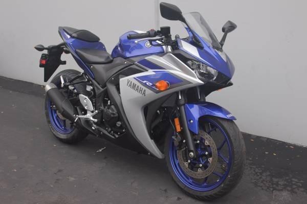 2015 Yamaha R3