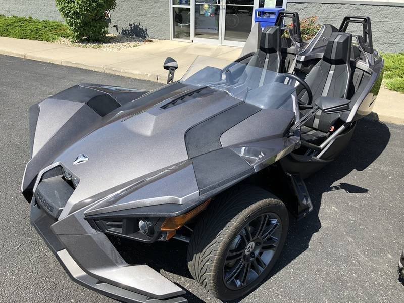 Polaris Slingshot Reverse Trike Factory Demo motorcycles for