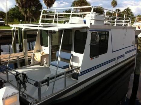 Power Catamaran Live Aboard Boats For Sale