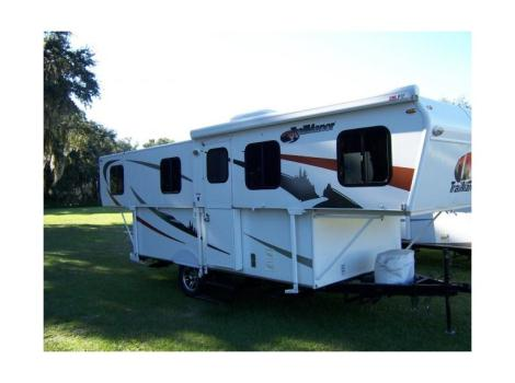2011 Trailmanor TRAILMANOR 2720