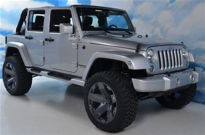 Jeep : Wrangler Lifted ,4WD , New 22in Wheels / Tires , Painted To Lifted  4WD  New 22in Wheels & Tires  Painted To Match Bumpers