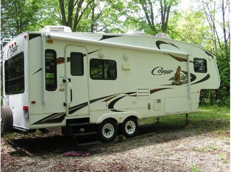 2010 Keystone Cougar 276RLS