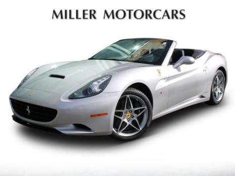 Ferrari : California Base Convertible 2-Door 1 owner sold and service here at miller motorcars 1 yr cpo warranty available