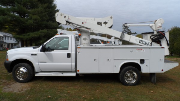 2001 F-550XL SUPER DUTY POWERSTROKE DIESEL V8 4WD BUCKET TRUCK