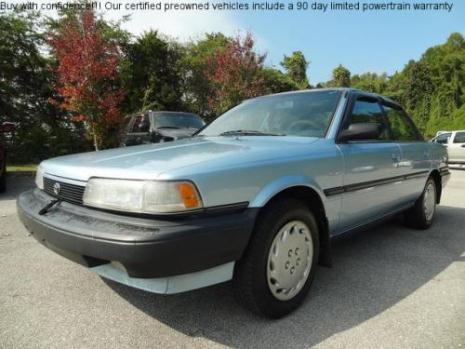 1990 Toyota Camry Deluxe