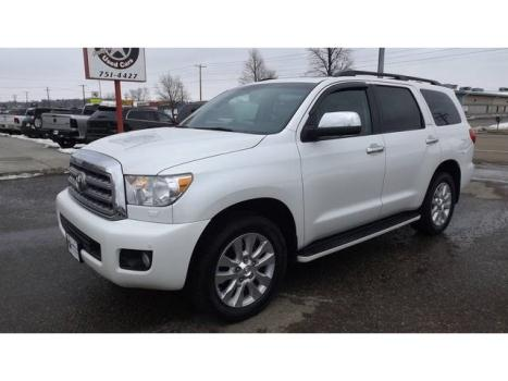 Toyota : Sequoia Platinum Loaded White Back Up Camera DVD Auto Transmission Clean Carfax
