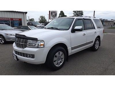 Lincoln : Navigator Loaded White Paint Leather 4x4 Third Row Auto Transmission Back up Camera