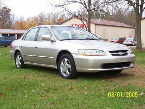 Honda Accord EX 4cyl. Auto. Excellent Shape! Needs Nothing
