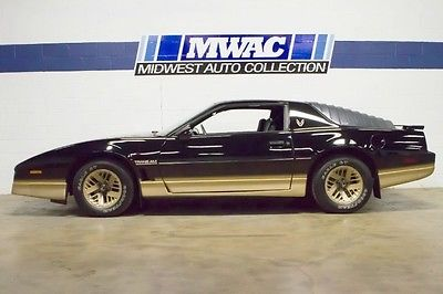 Pontiac : Trans Am ONE OWNER~ONLY 10K MILES~VERY ORIGINAL~RARE~V8~PONTIAC~
