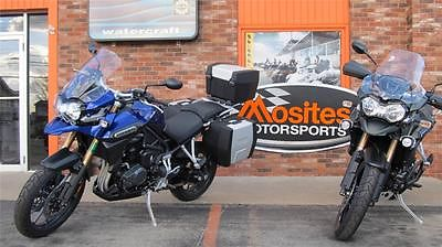 Triumph : Tiger NEW Blue 2014 Triumph Explorer 1200 ABS w/ accesories & Explorer XC in Green