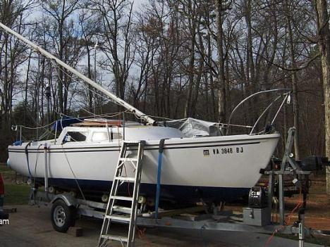 22' 1979 Catalina Swing Keel