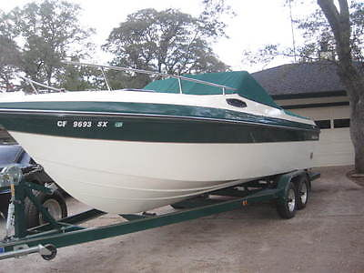 1998 HydroSwift Premier 250 Cuddy, Rare Boat! Top Rated Hull!