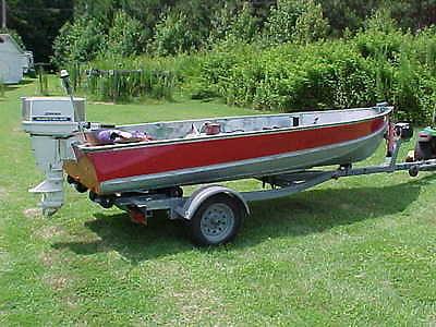 14' 75 Aluminum Lund Boat W/20HP Chrysler Motor &  E-Z Load Trailer