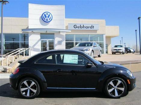 Deep Black Pearl Metallic 2012 Volkswagen Beetle 2.0T Turbo w/Sun/Snd/Nav PZEV - Dealer: Boulder