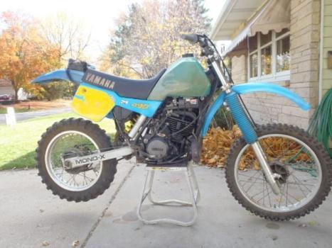 1983 YAMAHA IT490