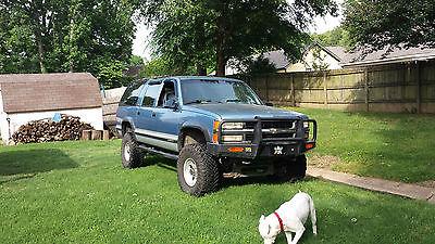 Chevrolet : Suburban Silverado 1994 chevrolet suburban 4 x 4 lifted