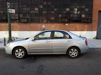 Kia : Spectra EX Sedan 4-Door ¦¦¦ Salvage.Rebuildable.Fallen tree damage. Clean. R&D 100%. Drive it home.