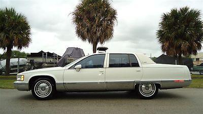 Cadillac : Fleetwood FLEETWOOD BROUGHAM 1993 cadillac fleetwood brougham rear wheel drive big body lt 1 v 8 engine