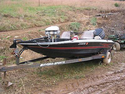 19 Ft. Hydro sport Bass Boat