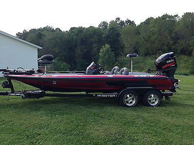 06 ZX200 SKEETER BASS FISHING BOAT