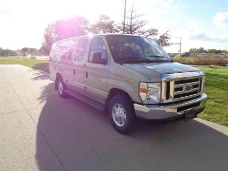 2008 Ford E350 Super Duty XL Extended Passenger Van 3Door 5.4L