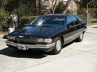 Buick : Roadmaster Limited An all original, garage kept, well cared for top of the line Roadmaster.