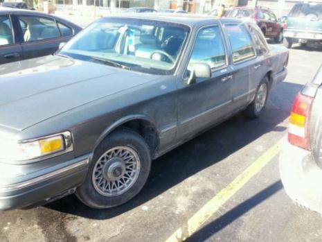 Lincoln Town Car 4 Door Sedan Cars For Sale In Illinois