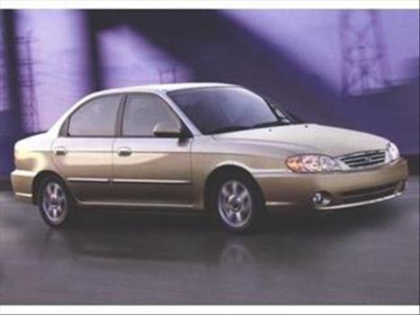 2002 KIA Spectra 4 Dr LS Sedan