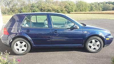 Volkswagen : Golf Base Hatchback 4-Door Very well maintained