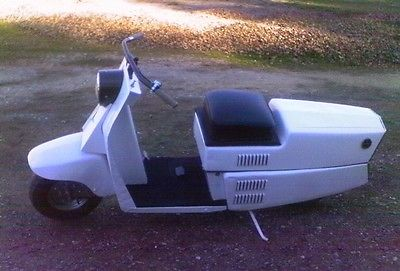 Cushman : AllState 1960 cushman allstate scooter runs great nice l k local pick up only