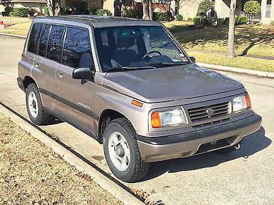 Suzuki : Sidekick JLX 1995 suzuki sidekick jlx compact suv sport utility 4 door 1.6 l automatic trans