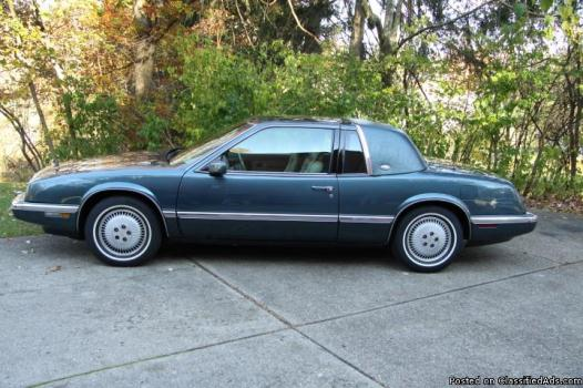 1992 Buick Riviera only 48,490 miles with classic plate