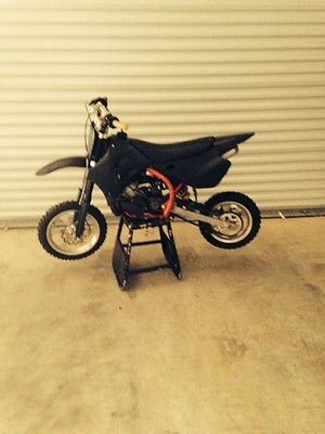 Other Makes : King Cobra 50 Racing Dirt Bike King Cobra 50 Racing Dirt Bike