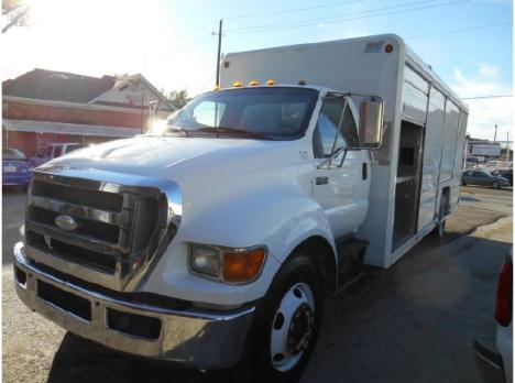 2006 FORD F650