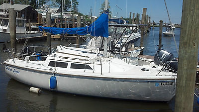 REDUCED 1986 catalina 22 swing keel sailboat with trailer and mercury 6hp motor