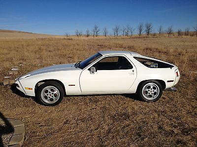 Porsche : 928 base 1979 porsche 928 euro pasha interior sunroof delete runs great need tlc