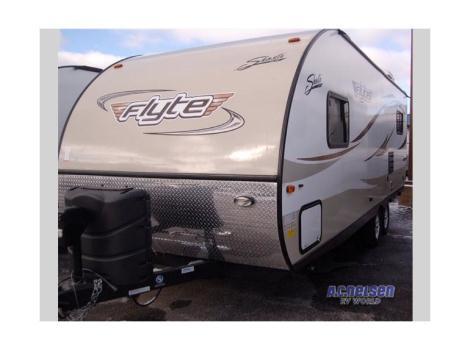 2015 Shasta Rvs Flyte 215CK