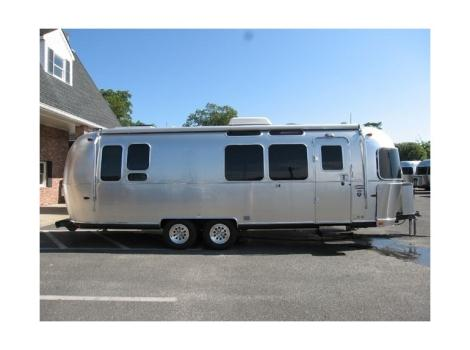 2012 Airstream International 28 SIGNATURE