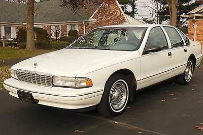 Chevrolet : Caprice Classic Sedan 4-Door 1996 chevrolet caprice classic 4 dr sedan v 8 good condition nw ohio